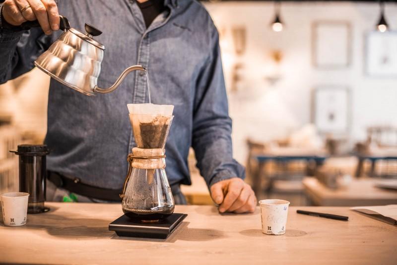 Chemex: Kaffee zubereiten mit der Chemex-Karaffe