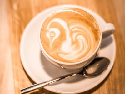 Flat White: Zubereitung & Unterschied zum Cappuccino